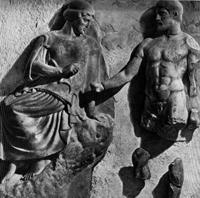 Афина и Геракл со стимфалийскими птицами (Метопа храма Зевса в Олимпии. 468-456 гг. до н.э. Олимпия, музей)