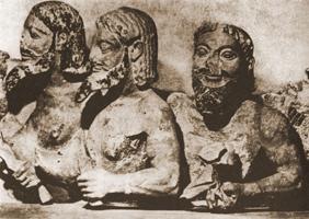 Тритопатор. Часть фронтона Гекатомпедона. VI в. до н.э. Афины, Музей Акрополя