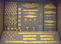 Ювелирные украшения. Погребальный круг А некрополя Микен. XVI век до н.э.