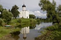 Апсиды церкви Покрова Богородицы на Нерли близ г. Владимира. 1165 г.