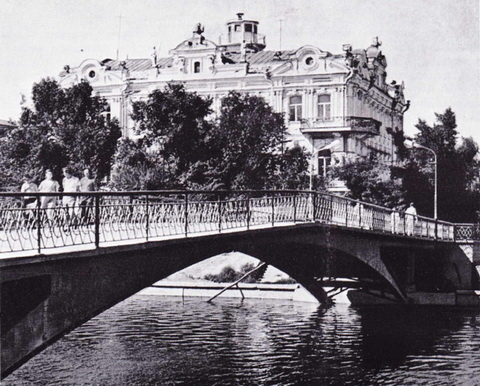 Астрахань, мост через реку Кутум