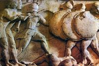 Гигантомахия. Фрагмент фриза сокровищницы сифнийцев с Аполлоном и Артемидой. Около 525 г. до н.э. Дельфы