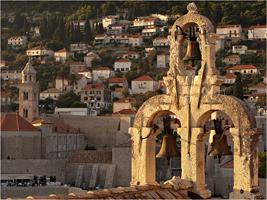 Звонница в городе Дубровник. Хорватия