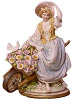 Девочка с цветами (Фарфор Каподимонте)