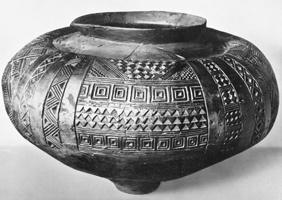 Глиняный сосуд