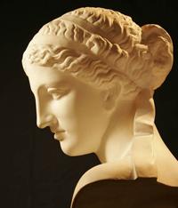 Пракситель. Голова Афродиты Книдской (До 360 г. до н.э. Римская копия. Берлин. Собрание Кауфмана)